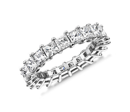 Anillo de eternidad de diamantes de talla princesa en platino (4,0 qt total)