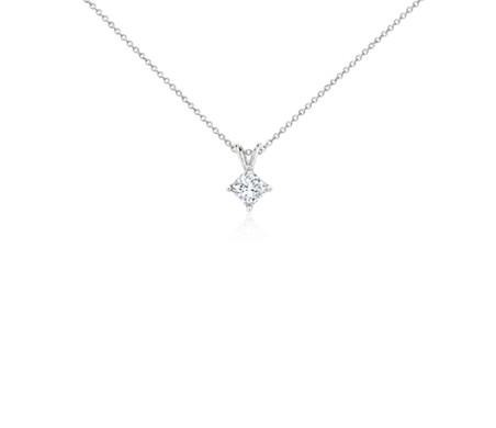 铂金公主方形钻石吊坠<br>(1 克拉总重量)