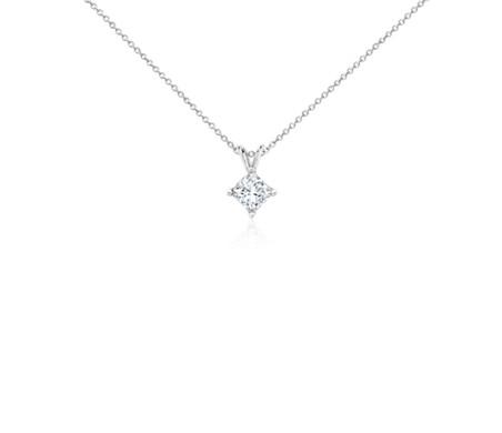 铂金公主方形钻石吊坠<br>(1 1/2 克拉总重量)