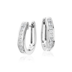 18k 白金公主方形切割圈环形钻石耳环<br>(1 1/2 克拉总重量)