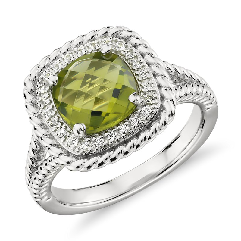Corda Cushion-Cut Peridot Halo Ring in Sterling Silver (8mm)