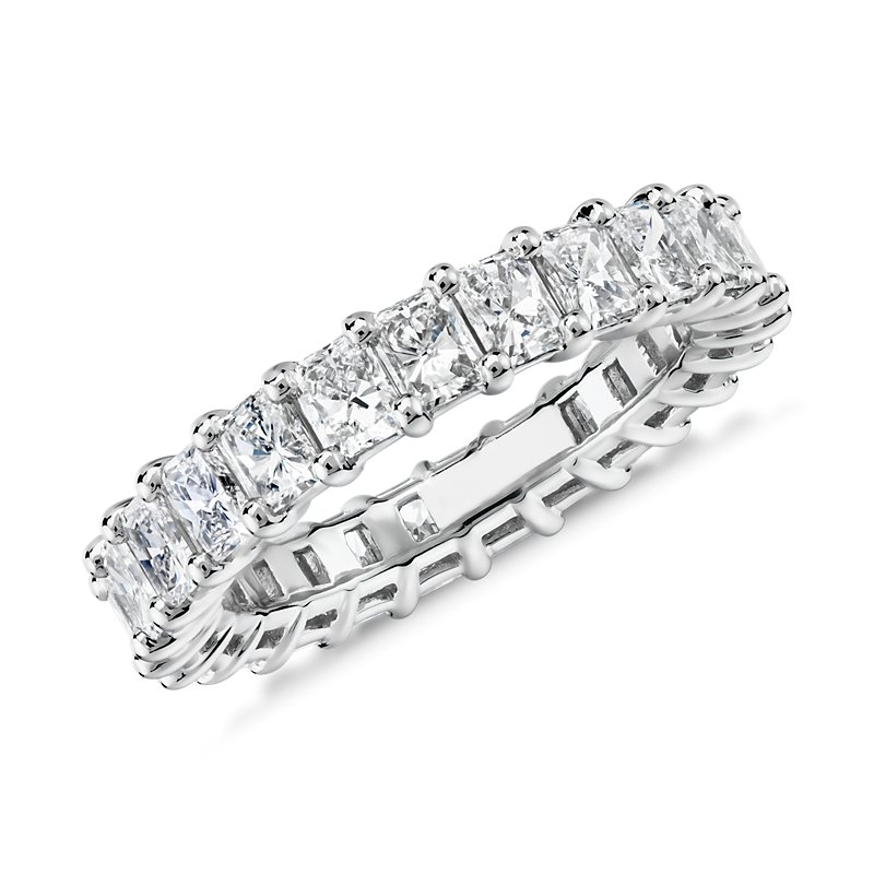 Radiant Cut Diamond Eternity Ring in Platinum (3.0 ct. tw.)