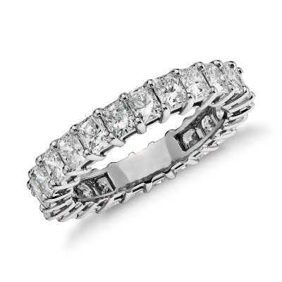 Radiant Cut Diamond Eternity Ring in Platinum (3 ct. tw.)