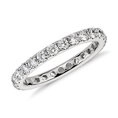 Bague d'éternité en diamants sertis pavé Riviera en platine (0,95carat, poids total)