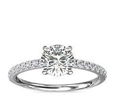 Bague de fiançailles Riviera en diamants sertis pavé en platine (0,15carat, poids total)