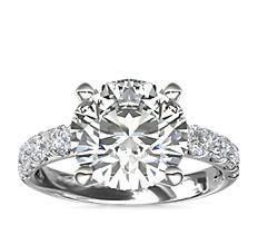 Bague de fiançailles Riviera en diamants sertis pavé en platine (5/8carat, poids total)