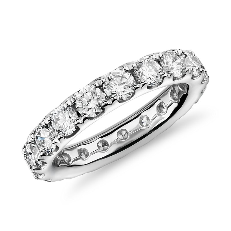 Riviera Pave Diamond Eternity Band in Platinum (3 ct. tw.)