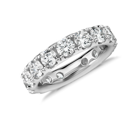 Riviera Pavé Diamond Eternity Ring in 18k White Gold - H / VS2 (4 ct. tw.)