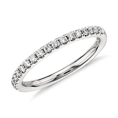 鉑金Riviera 密釘鑽石戒指(1/4 克拉總重量)