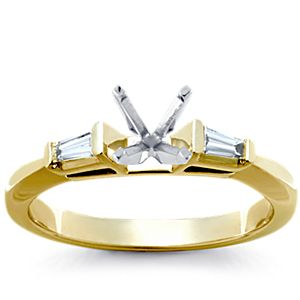 Anillo de compromiso de diamantes y zafiros de talla baguette de Robert Leser en oro blanco de 18 k