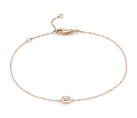 Petit bracelet diamant taille émeraude serti clos en or rose 14carats (1/6carat, poids total)