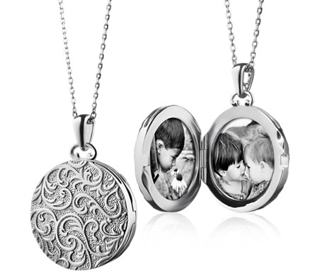Vintage-Inspired Round Locket in Sterling Silver