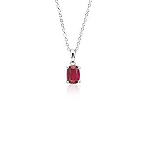 Colgante con solitario de rubí ovalado en oro blanco de 18 k (7x5mm)