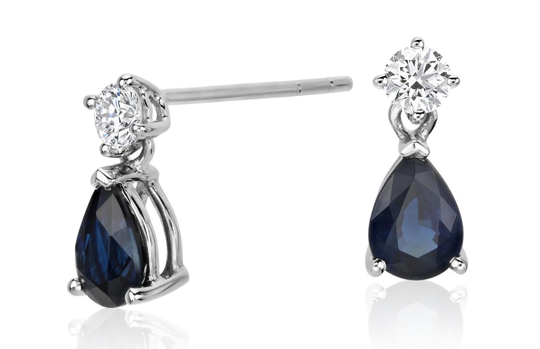 Aretes colgantes de diamantes y zafiros con forma de pera en oro blanco de 18 k (6x4mm)