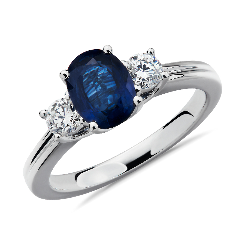 Sapphire and Diamond Ring in 18k White Gold (8x6mm)