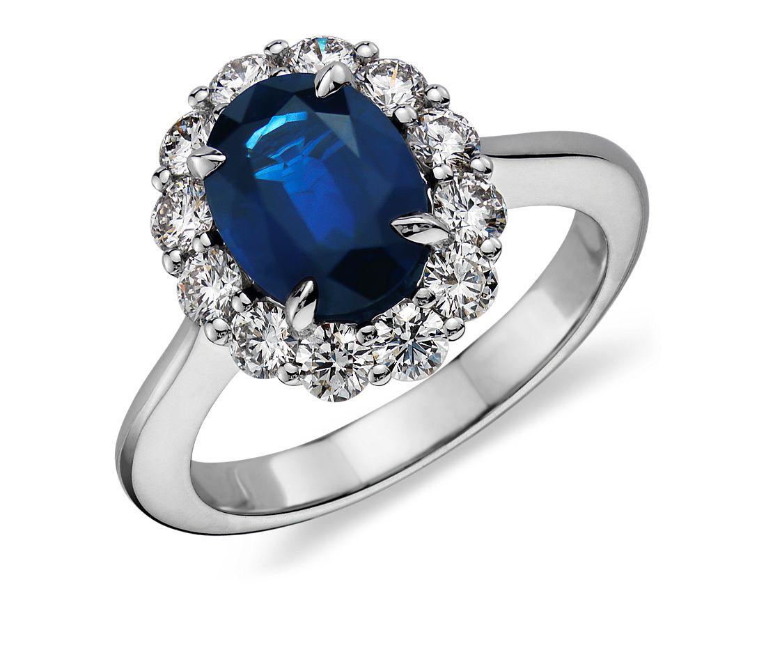 Sapphire and Diamond Ring in 18k White Gold (9x7mm)