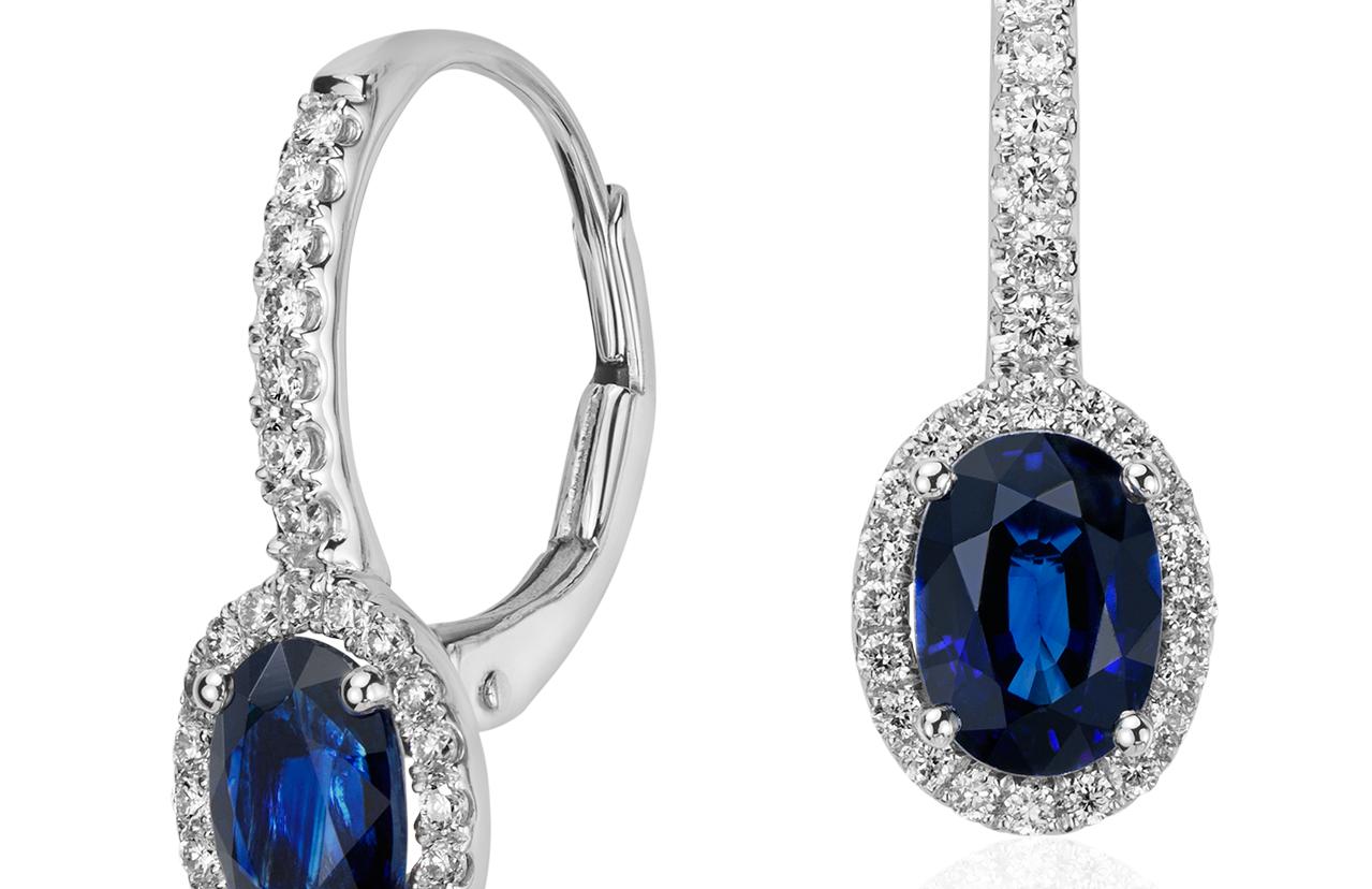Boucles d'oreilles en diamants sertis micro-pavé et saphir bleu en or blanc 14carats (7x5mm)