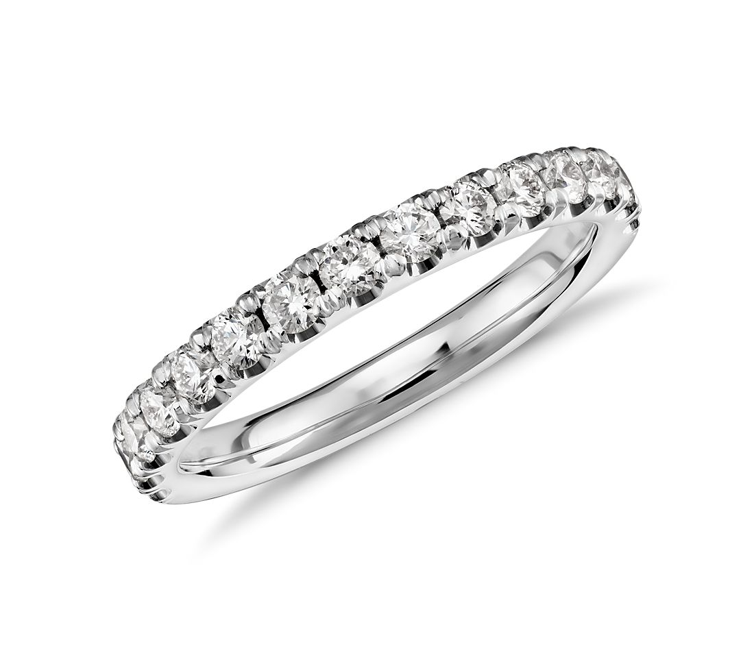 Scalloped Pavé Diamond Ring in 18k White Gold