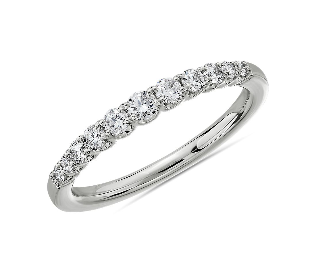 Selene Graduated Diamond Anniversary Ring in 14k White Gold (1/3 ct. tw.)