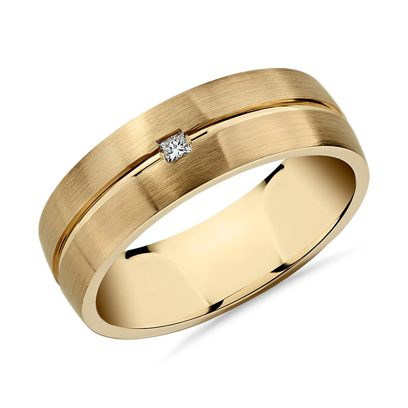 Single Princess Diamond and High Polish Inlay Wedding Band in 14k Yellow Gold (7mm)