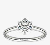 小巧簇新六爪單石訂婚戒指