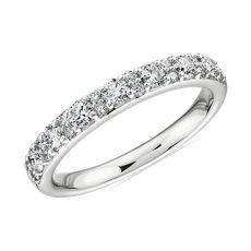 新款 18k 白金俐落鑽石圓拱內圈結婚戒指 - H/VS2(1/2 克拉總重量)