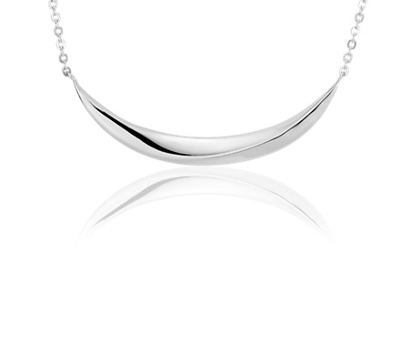 Curved Smile Bar Necklace in Sterling Silver