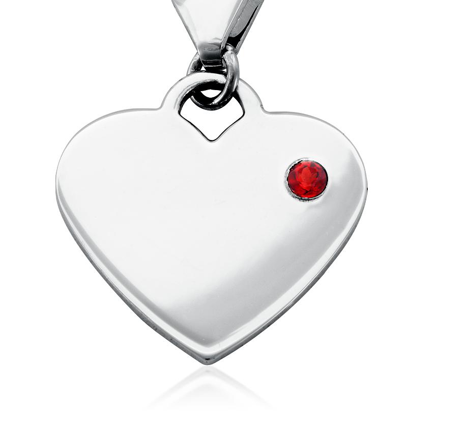 Dije con forma de corazón para piedra natal de granate en plata de ley (Enero)