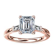 14k 玫瑰金尖顶长方形钻石订婚戒指(1/6 克拉总重量)