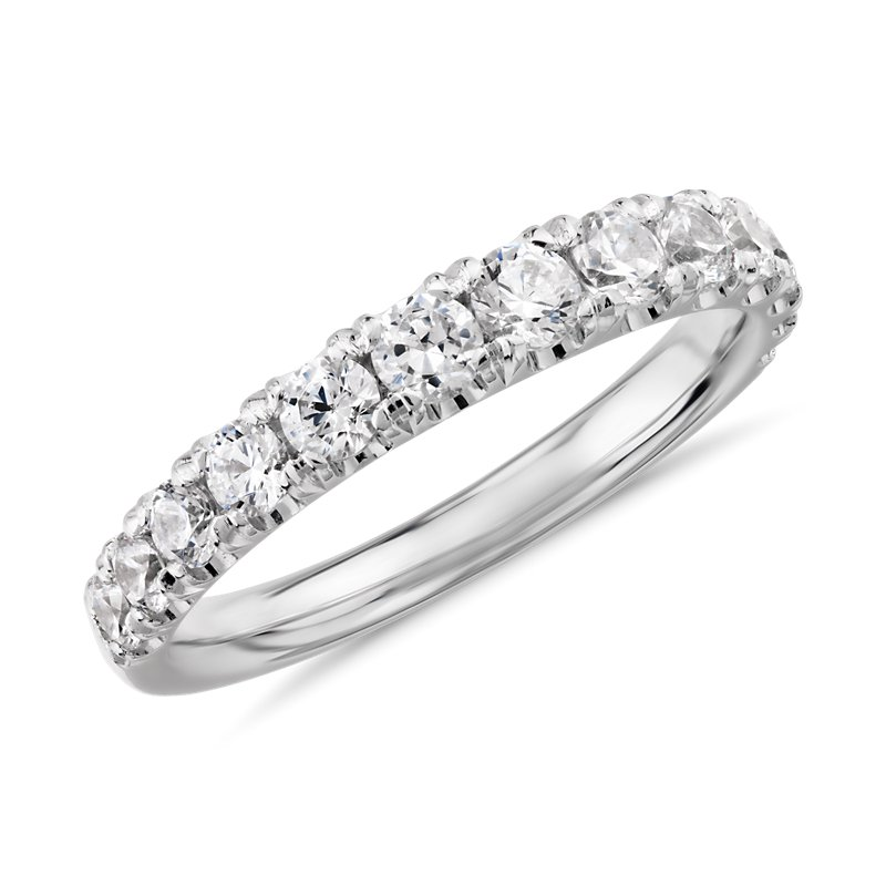 Graduated Tazza Pave-Set Diamond Ring in Platinum (3/4 ct. tw.)