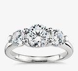 Bague de fiançailles diamant petit treillis trois diamants