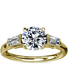 Three-Stone Tapered Baguette Diamond Engagement Ring in 18k Yellow Gold (1/4 ct. tw.)