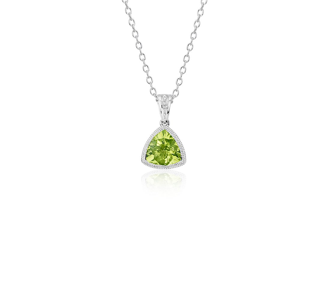Trillion Peridot Pendant with Milgrain Detail in 14k White Gold (7mm)