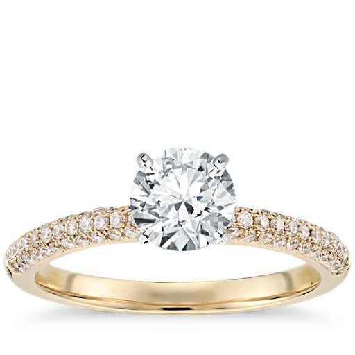 trio micropav233 diamond engagement ring in 18k yellow gold