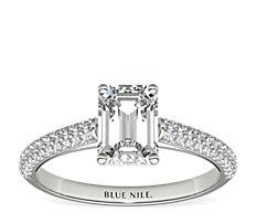 铂金三重微密钉钻石订婚戒指<br>(1/3 克拉总重量)