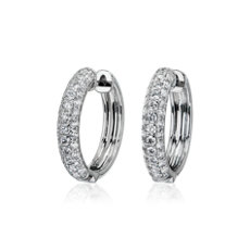 新款 14k 白金三重密釘鑽石圈形耳環 (1 1/2 克拉總重量)