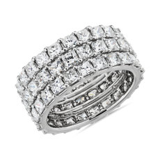 NUEVO Anillo de eternidad con trío de diamantes de talla princesa en platino - G/VS2 (6 1/2 qt. total)