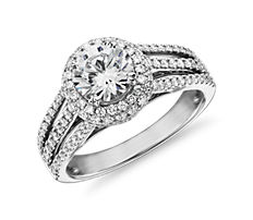 14k 白金三排鑽石戒指環搭鑽石光環(5/8 克拉總重量)