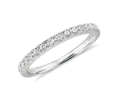 Anillo con pavé de diamantes Truly de Zac Posen en oro blanco de 14 k (2/5 qt. total)