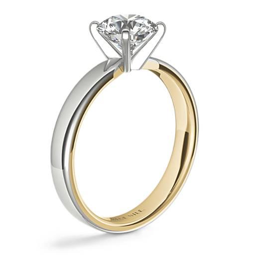 Anillo de compromiso con diamante en solitario de dos tonos pulido