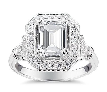 Blue Nile Studio Emerald Vintage Fleur de Lis Halo Engagement Ring in Platinum (1/6 ct. tw.)