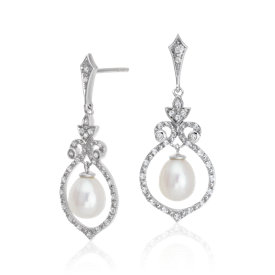 Boucles d'oreilles chandelier topaze blanche et perles de culture d'eau douce d'inspiration vintage en argent sterling (6mm)