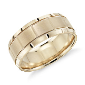 Groove Detail Comfort Fit Wedding Ring in 14k Yellow Gold (8mm)