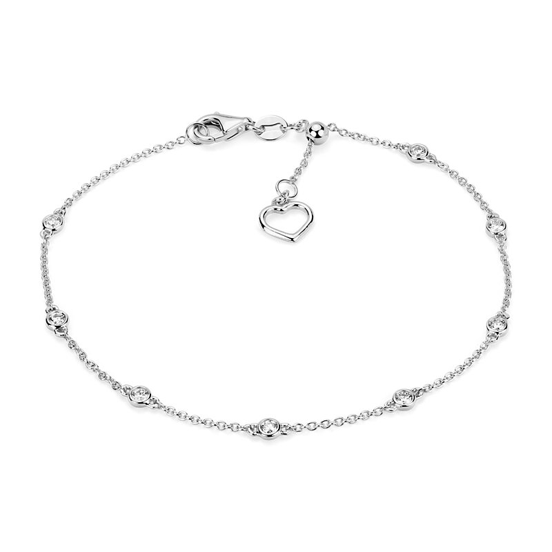 Diamond Station and Heart Bracelet in 14k White Gold (1/4 ct. tw.