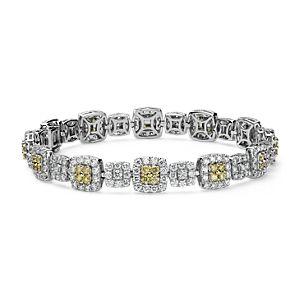 Brazalete con halo de diamantes blancos y amarillos fantasía en oro de 18k (5,12 qt. total)