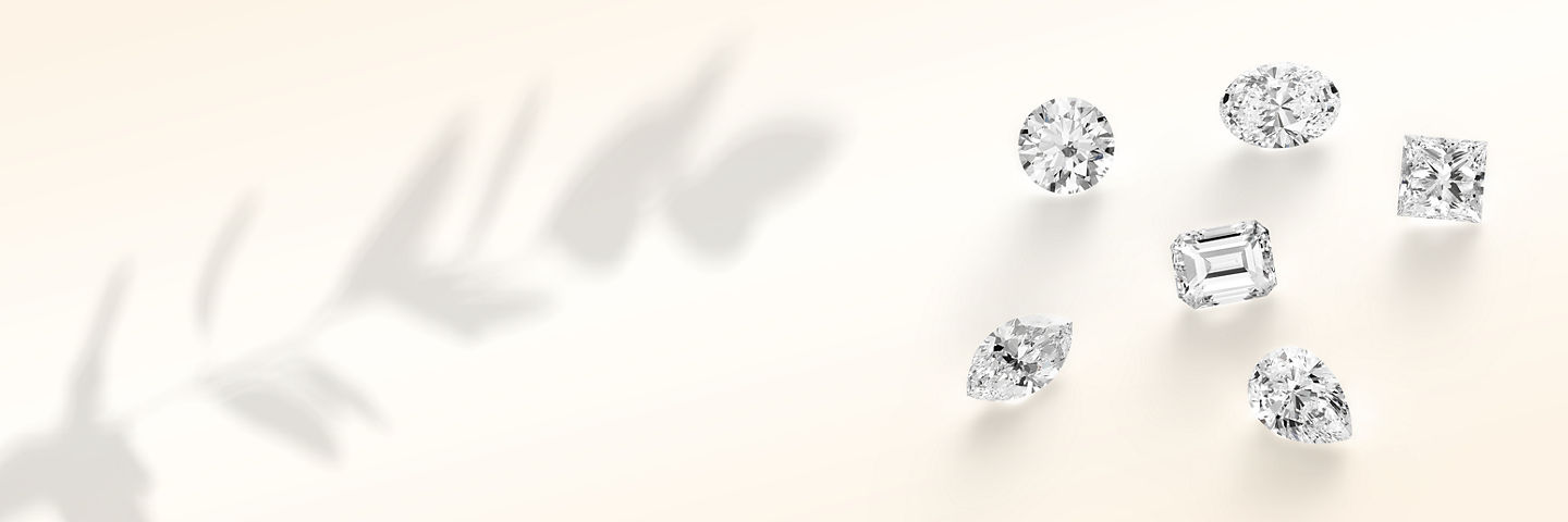 Loose diamonds in different shapes