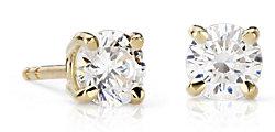 Aretes de diamantes en oro de 18k