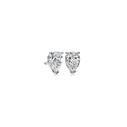 Puces d'oreilles diamant taille poire en or blanc 14carats