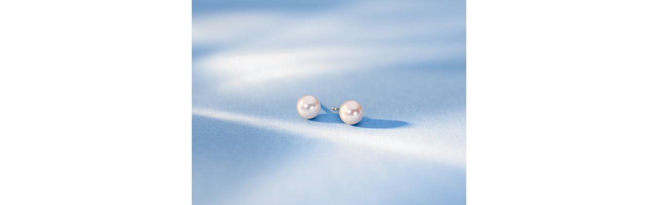 Puces d'oreilles en perle de culture