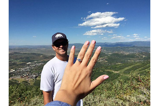 3 Holiday Proposal Tips from The Yes Girls